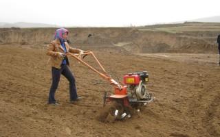 四驱微耕机柴油新款多功能微耕机价格日本进口柴油微耕机